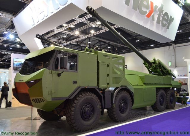 DSEI 2015 Nexter s brand new 8x8 Caesar self propelled howitzer starring in London 640 001