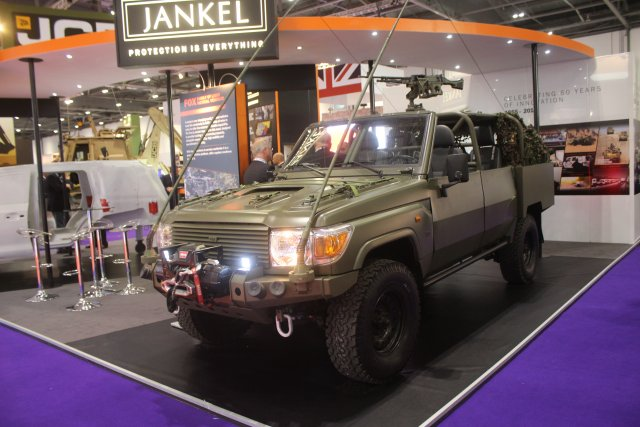 Jankel RRV light tactical vehicle 640 001