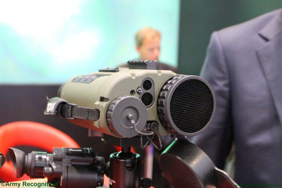 New TiCAM 1000B thermal imaging binocular launched Thermoteknix at DSEI 2017 001