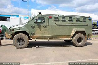 Streit Group Warrior 4x4 APC armored personnel carrier technical data sheet description information specifications intelligence identification pictures photos images personnel carrier British United Kingdom Streit Group defence industry army military technology