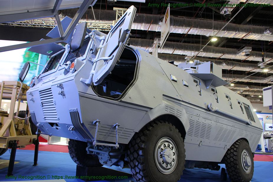 Fadh 300 new Egyptian made 4x4 APC armored personnel carrier EDEX 2018 Egypt defense exhibition 925 001