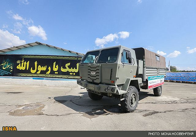Commander of the Iranian Army's Ground Force Brigadier General Ahmad Reza Pourdastan unveiled the new Neinava 4x4 light tactical vehicle in a ceremony at the Research and Self-Sufficiency Jihad Organization of the Iranian Army, Saturday, September 29, 2012.