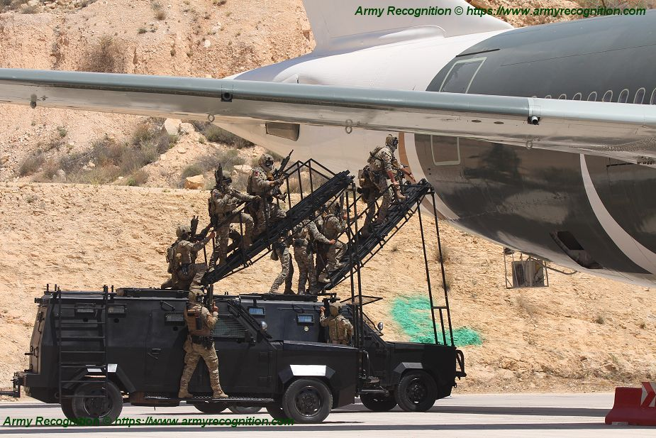 Jordanian Special Forces live demonstration of hostages rescue from Airbus A300 KASOTC 925 001