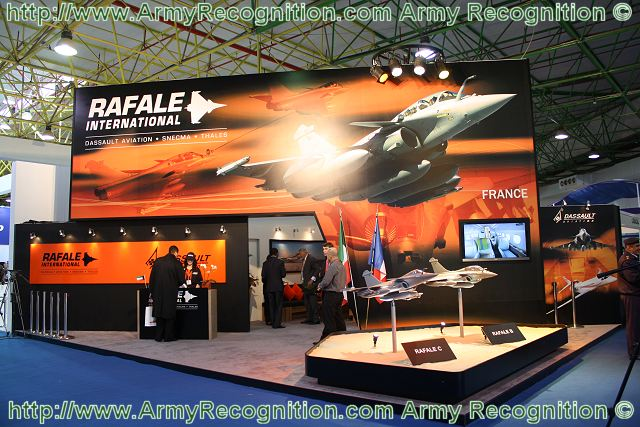 After his success during the conflict in Libya, the French combat aircraft Rafale remains in the competition to join the air forces of several Gulf countries including Kuwait. At the international exhibition of defense and aerospace GDA 2011, Rafale International presents the B and C version of its multi-role combat aircraft.