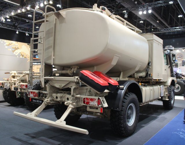 Mercedes Benz unveils new Zetros 1833A 4x4 off road truck with tank body t IDEX 2015 640 001