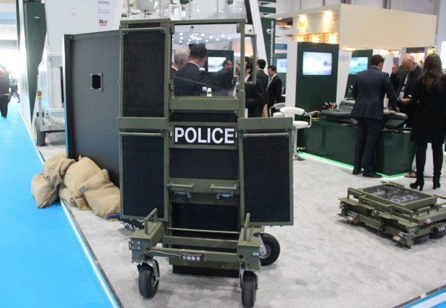 Special Ops Bunker presents its Collapsible Defense Systems at ISNR 2016 640 001