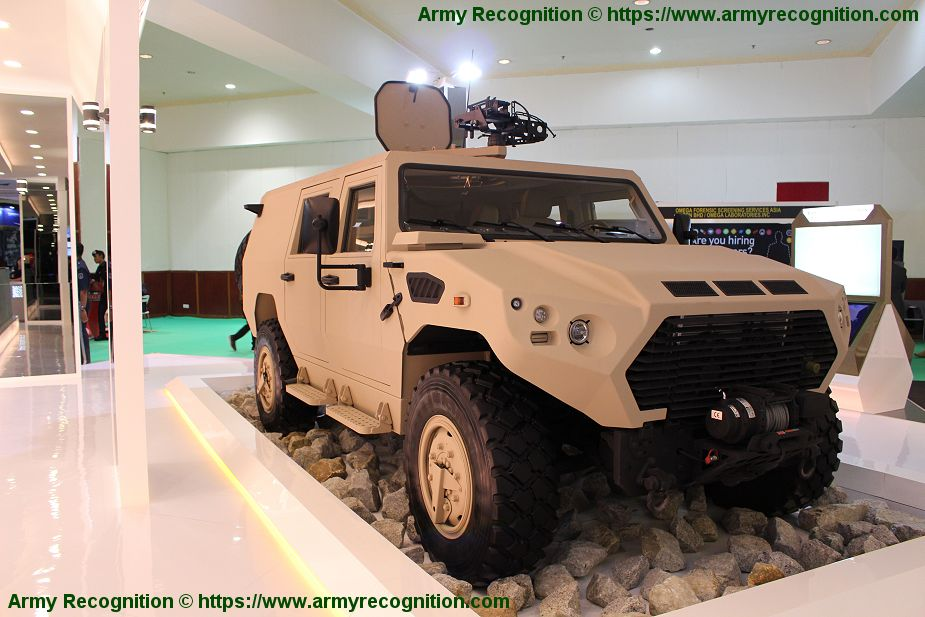 Ajban 450 4x4 tactical logistic utility military vehicle 4 man station wagon cabin Nimr Automotive UAE United Arab Emirates defense industry 925 001