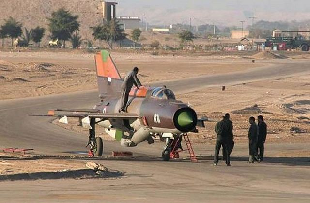 A Syrian military pilot of MIG-21 fighter aircraft flew to Jordan and was granted asylum Thursday, June 21, 2012, a day after the United States warned members of the Syrian military they could face international criminal prosecution for attacks on civilians.
