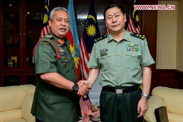 Senior Chinese and Malaysian military officials reached consensus on Friday to further strengthen military cooperation between the two countries. Qi Jianguo, deputy chief of the General Staff of the Chinese People's Liberation Army (PLA), said the PLA hopes to bring the bilateral relations between the two armies to a higher level by strengthening high-level exchange, strategic consultations, joint training and other forms of cooperation
