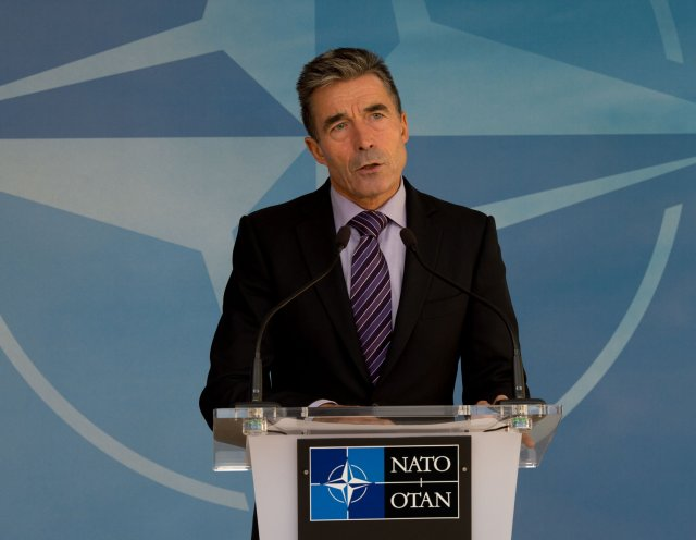 Seven NATO allies plan to create a new rapid reaction force of at least 10,000 soldiers as part of plans to boost NATO defences in response to Russia's intervention in Ukraine, the Financial Times reported on Friday, August 29.
