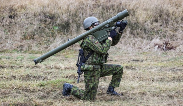 Lithuanian Armed Forces have received the first batch of the Grom anti-aircraft missiles, which are being manufactured by the Mesko facility located in Skarzysko-Kamienna, reported today Polish specialized website Defence24.