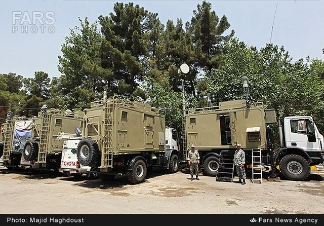 Iran's Khatam ol-Anbia Air Defense Base on Sunday, May 25, 2014, unveiled 2 new home-made command and control systems named 'Fakour' (Thoughtful) and 'Rassoul' (Messenger) as well as Matla ol-Fajr (Dawn) radar system in a ceremony participated by Commander of the Base Brigadier General Farzad Esmayeeli and some other high-raking commanders.