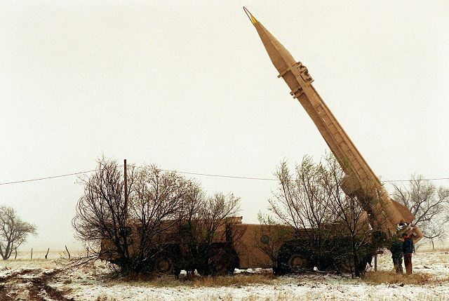 Saudi military intercepted Scud ballistic missile fired by Yemeni rebels in southern Saudi Arabia 640 001