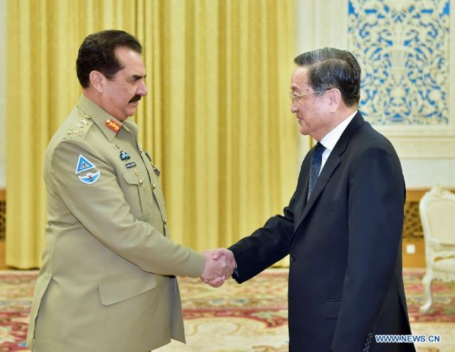 China vowing to support Pakistan  efforts in fighting against terrorism and defense cooperation 640 001