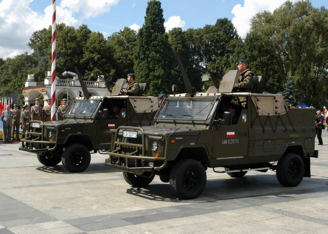 Poland launches tender to replace its ageing fleet of Honker 4x4 tactical vehicles 640 001
