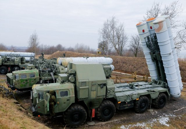 Russian S-300 Air Defence System Manufacturer Signs Deal with Iran 640 001
