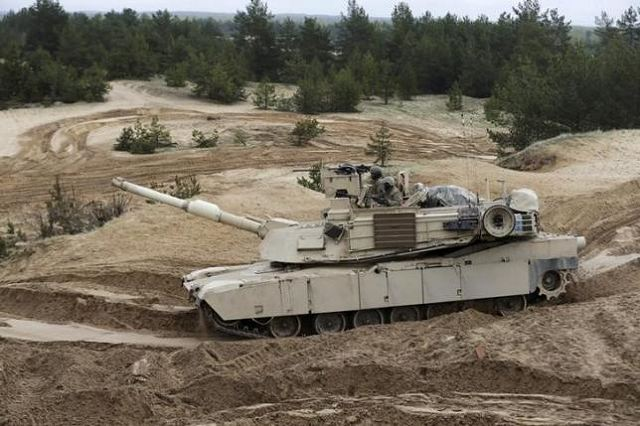 US Marine Corps trrops with tanks will be sent in Bulgaria to response on situation with Ukraine 640 001
