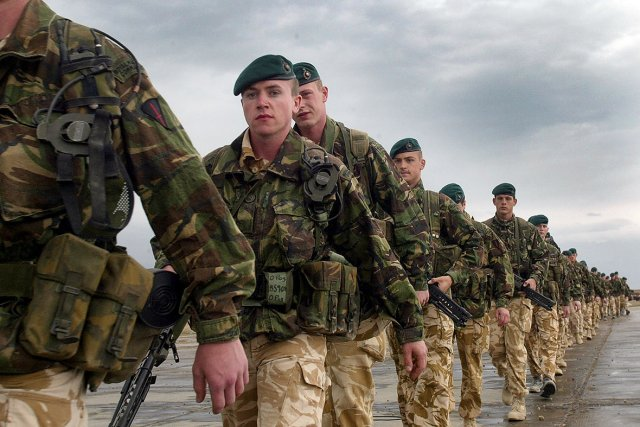 UK to maintain 450 troops in Afghanistan throughout 640 001