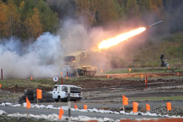 Russian Company Uralvagonzavod has demonstrated its main products during live firing at RAE 2015 640 001