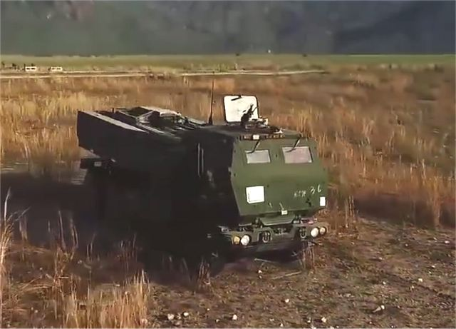 US Marines at Balikatan military exercise in Philippines fire with HIMARS rocket launcher systems 640 001
