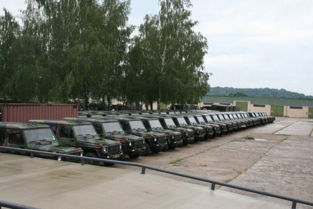 Lithuania bought several hundreds of military equipment to the Netherlands 640 001