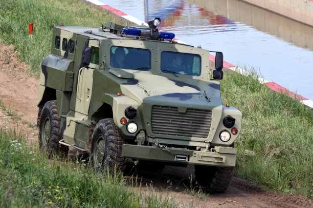 Russian uniformed services to start receiving SPM 3 Medved wheeled vehicles in 2017 640 001