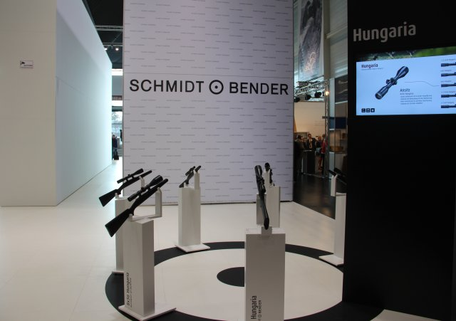 Schmidt and Bender showcased two new Polar T96 scopes at IWA 640 001