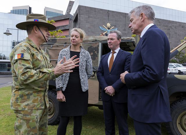 Australian Defence Force takes delivery of first Hawkei 4x4 armoured vehicles from Thales 640 001