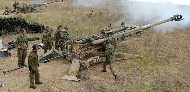 NovAtel s GPS Anti-Jam Technology tested by the Canadian Army on M777C1 Howitzer 640 001