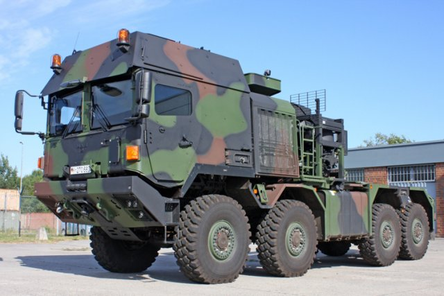 Rheinmetall to supply international customer  with 110 HX81 tractor-trailers 640 001