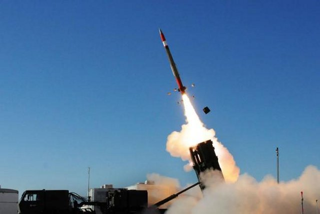 The Lockheed Martin PAC 3 Missile Destroys Tactical Ballistic Missile Target 640 001