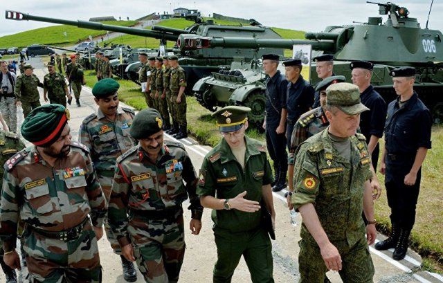 This year, India and Russia will conduct the first Indra combined joint exercise, in which troops from all three armed services will be train to operate together in response to contingencies, according to the Indian Ministry of Defense (MoD).