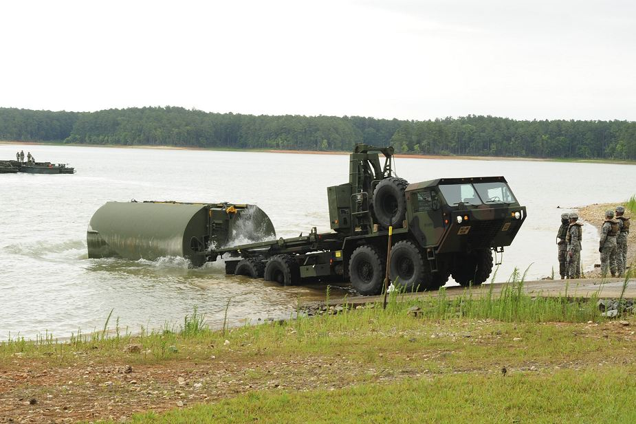 Engineering experts from the Colombian army spent several days with Soldiers from the South Carolina Army National Guard exchanging ideas and information during a State Partnership Program engagement, August 21-25. The engagement included a demonstration of bridging operations by the 125th Multi-Role Bridging Company on Lake Thurmond in McCormick County.