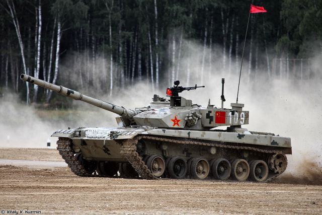 China is modernizing its main combat tanks Type-96 according to the experience acquired in the Russian Tank Biathlon, the military Zvezda TV channel reported. During the biathlon most crews operated T-72 tanks.