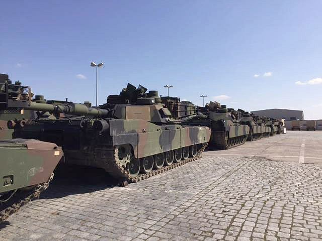 An US armoured brigade will arrive next week in Poland following Russian presence in Ukraine 640 001