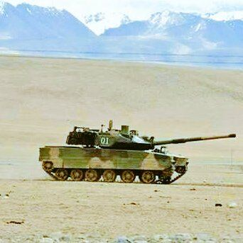 The People's Liberation Army (PLA) has tested a new tank on the Tibetan Plateau in western China, the Chinese Ministry of Defense announced on June 29.