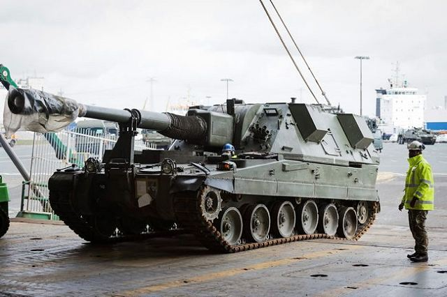 British AS90 155mm self-propelled howitzers from the 26 Regiment Royal Artillery are loaded at the port of Emden to be deployed in Estonia. (Picture British moD)