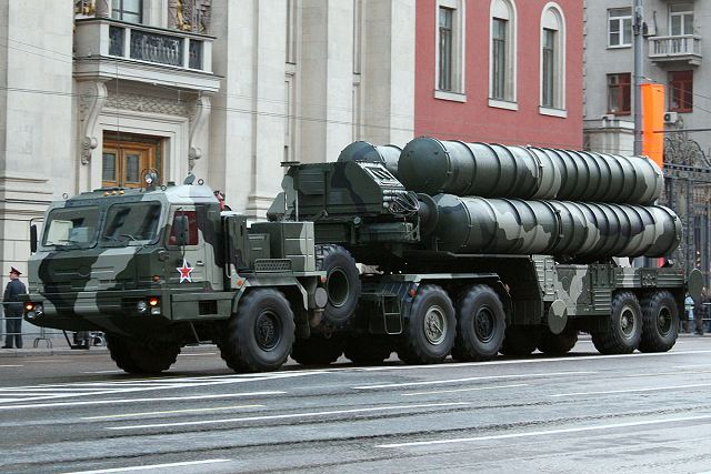 First deployment of Russian air defense systems S 400 regiment by rail at 2000 km from Moscow 640 001