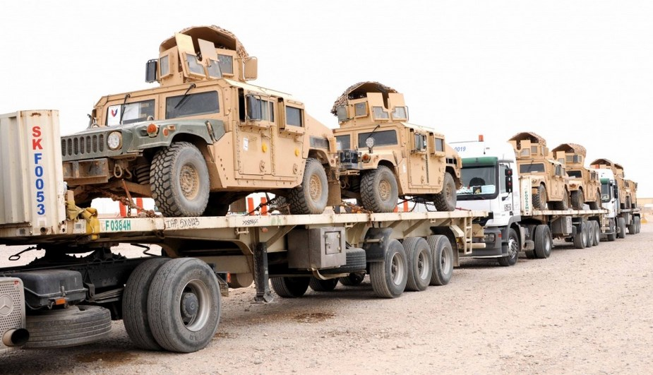Large US Army convoy from Kuwait to Western Iraq