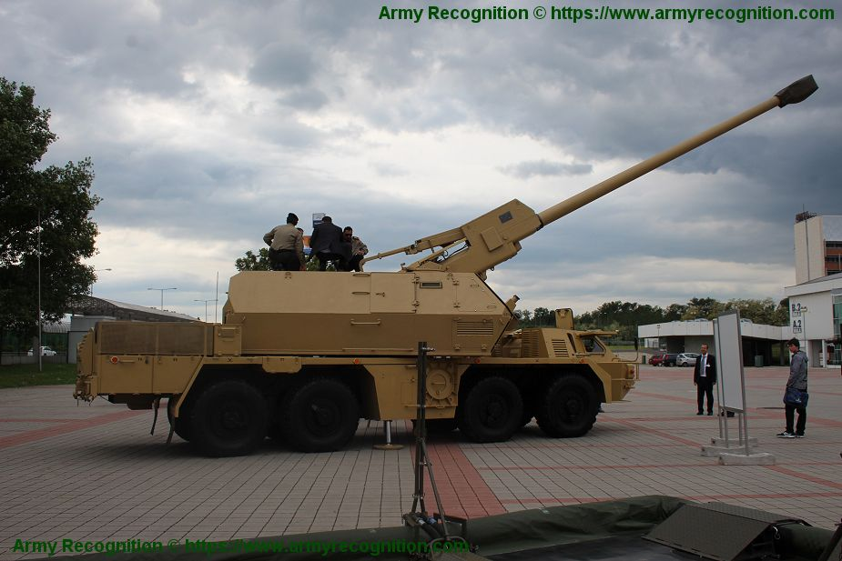 Slovakia approves purchase of 25 Zuzana 2 155mm self propelled howitzers 925 001
