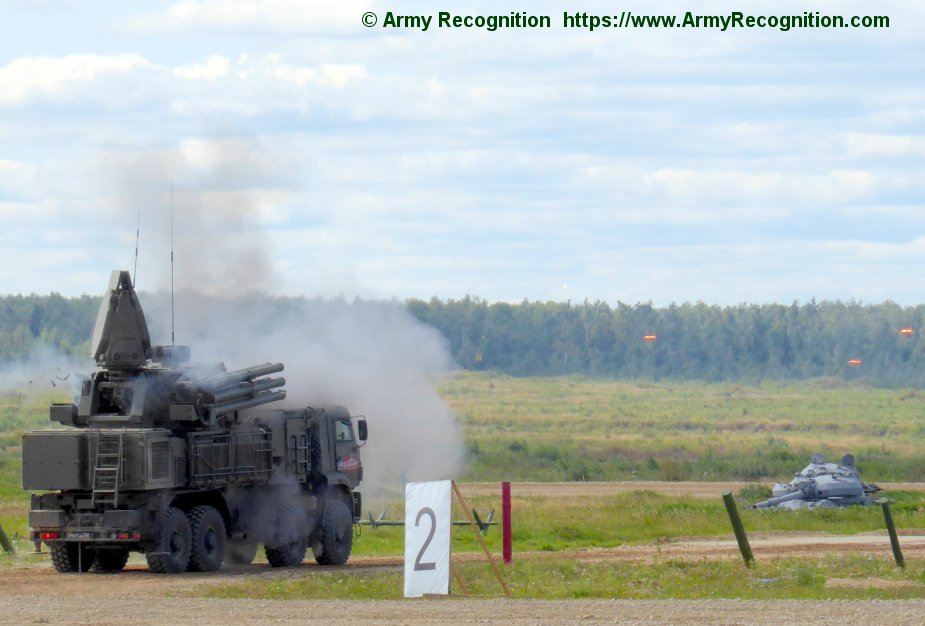 Crimea Pantsyr S air defense missile and gun system on combat duty in Kerch