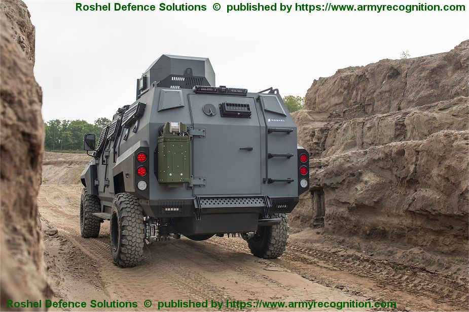 New SENATOR 4x4 Armored Rescue Vehicle APC from Roshel Defence Solution of Canada 925 002