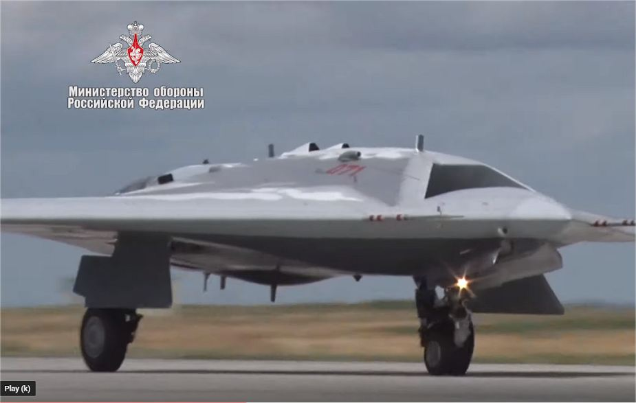 Video of Russian armed forces showing Sukhoi S 70 Okhotnik stealth UAV first flight 925 001