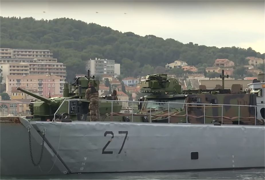 French army and Navy test Griffon and Jaguar armored vehicles for amphibious operations 925 001