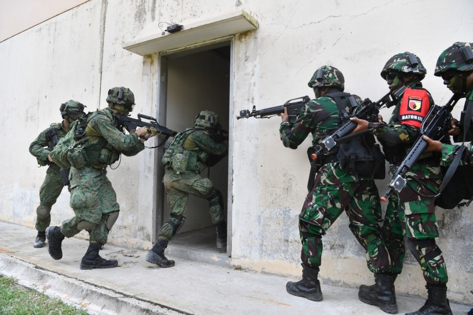 Singapore and Indonesian armies conduct Safkar Indopura bilateral exercise