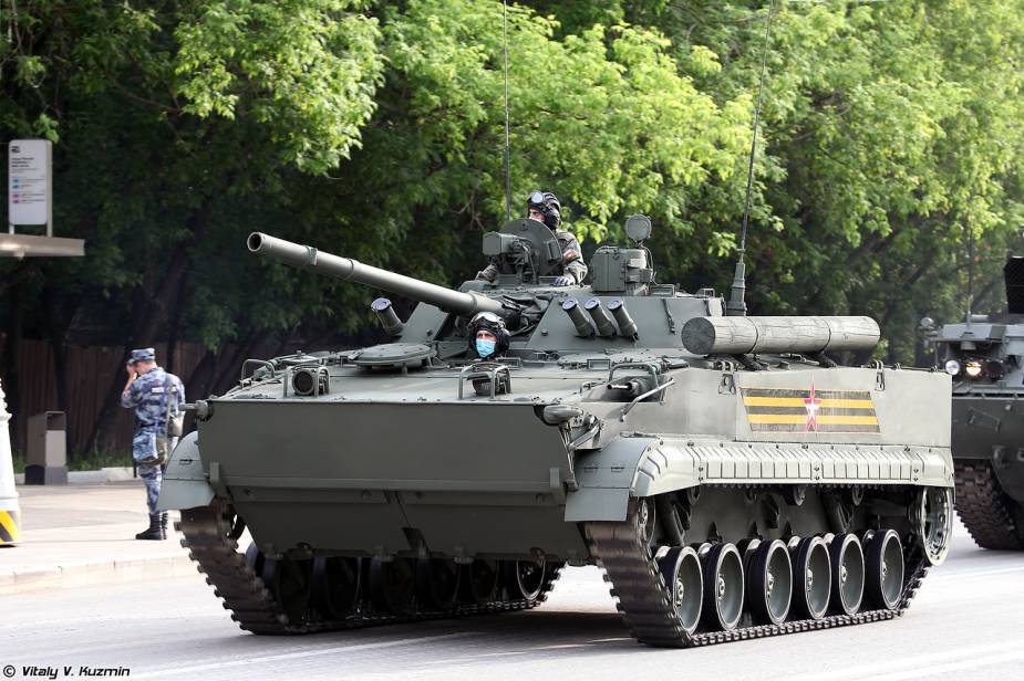 BMP 3 tracked armored IFV Infantry Fighting Vehicle 925 001