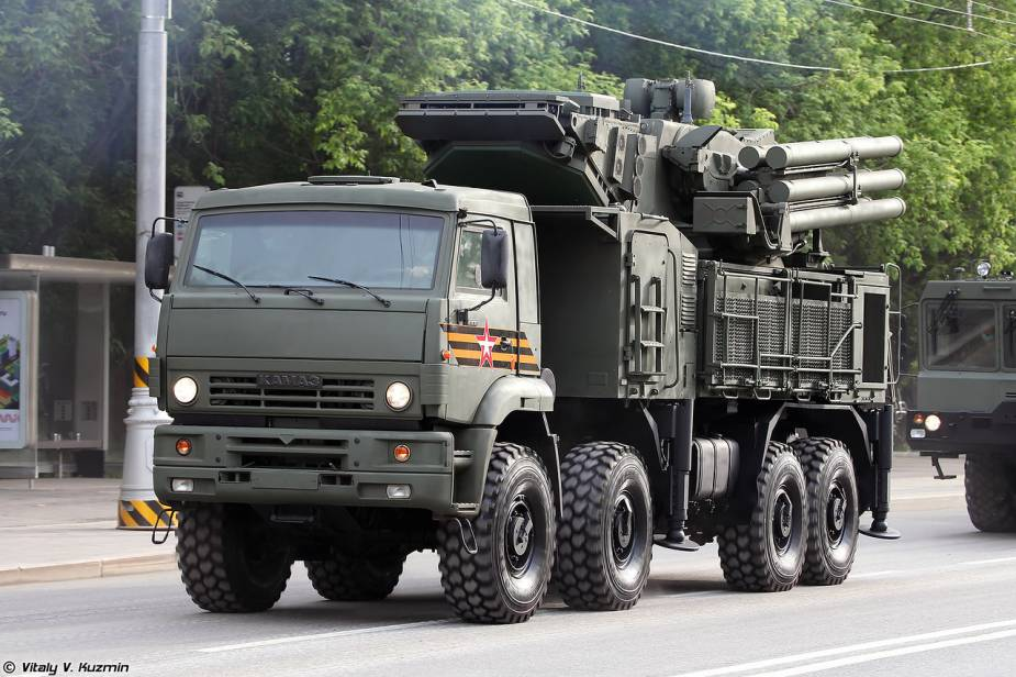 Pantsir S1 short range air defense missile cannon system Russia Victory Day military parade 2020 925 001