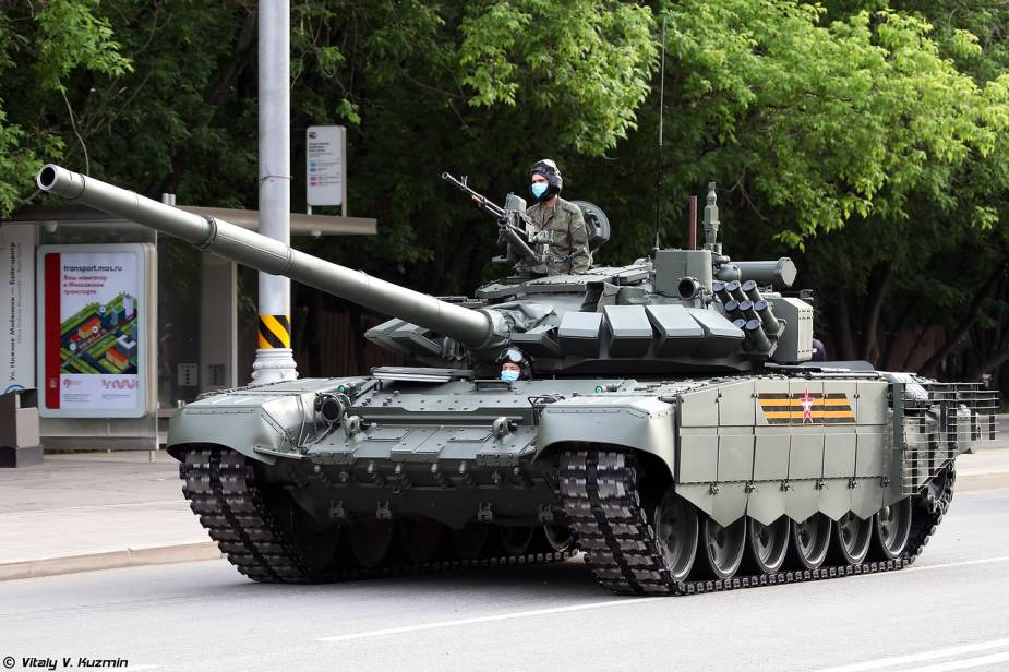 T 72B3M main battle tank Russia Victory Day military parade 2020 925 001