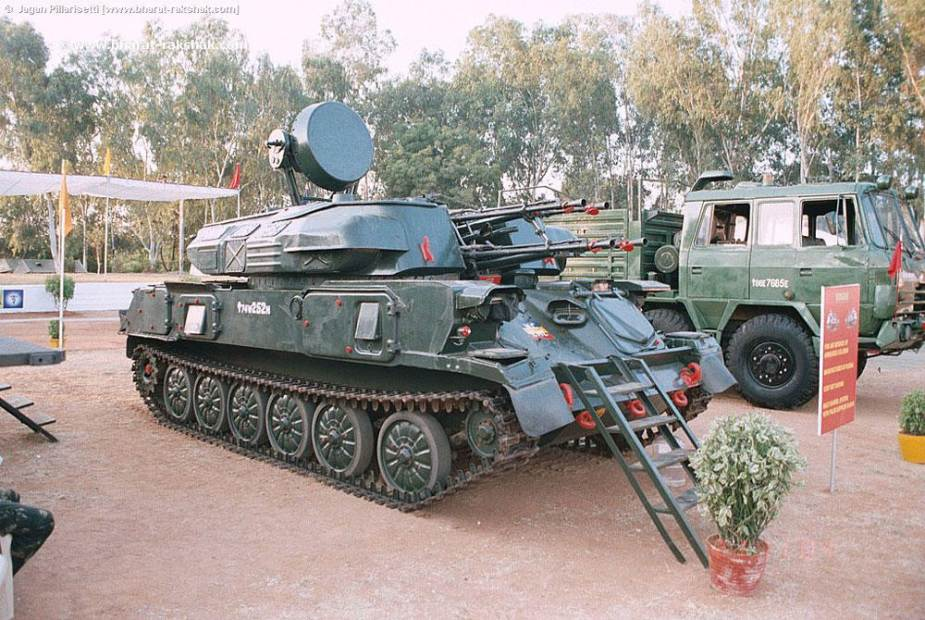 Indian army presents new upgrade of ZSU 23 4 Shilka 23mm anti aircraft tracked armored 925 002