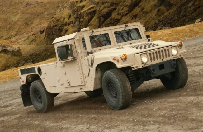 AM General Awarded Over 151 Million for Domestic and International HMMWV Sales and Service 640 002